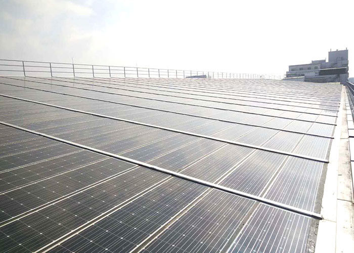 Solar Panels 250KW Solar Panel On Grid System Building Roof With Sound Insulation